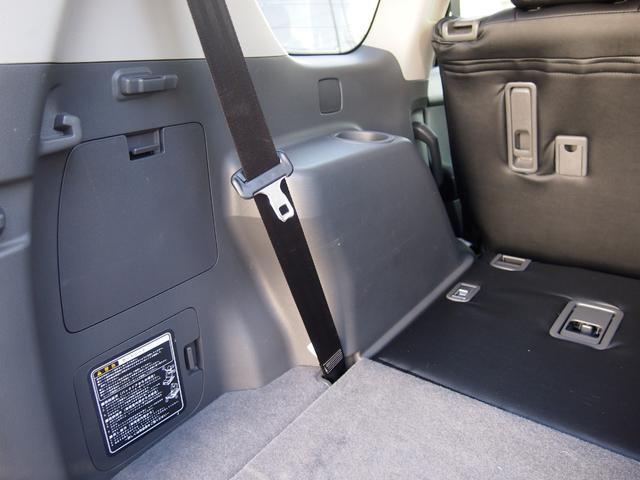 TX 純正ナビ フルセグ Bカメ ETC Bluetooth対応 DVD再生 黒革シートカバー オフロードタイヤ 7人乗り(61枚目)