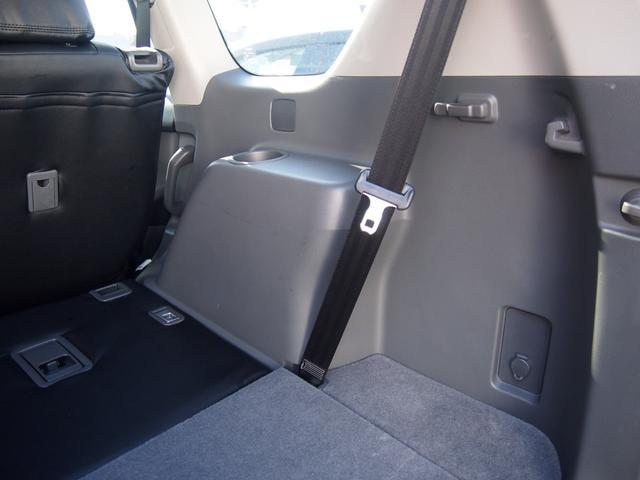 TX 純正ナビ フルセグ Bカメ ETC Bluetooth対応 DVD再生 黒革シートカバー オフロードタイヤ 7人乗り(62枚目)