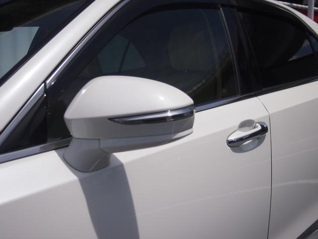 ロイヤルサルーン 衝突被害軽減ブレーキ 純正HDDナビ Bカメ ETC Bluetooth対応 シートヒーター ステアリングヒーター クルコン クリアランスソナー 革巻きハンドル 修復歴無し 保証付き(8枚目)