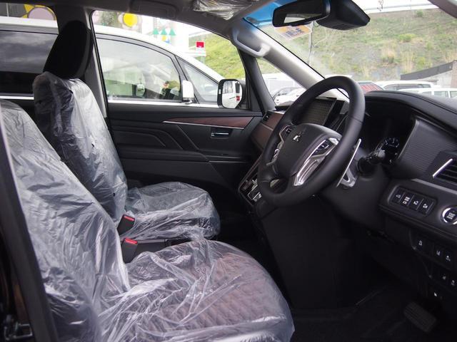 G パワーパッケージ 登録済未使用車 衝突被害軽減ブレーキ 両側オートスライド 全方位カメラ レーダークルコン 4WD パドルシフト LEDライト ディーゼルターボ パワーバックドア 7人乗り パワーシート 保証付き(17枚目)