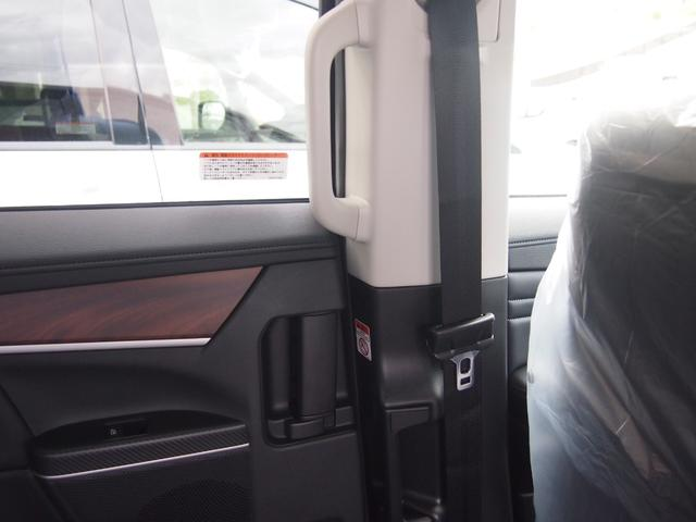 G パワーパッケージ 登録済未使用車 衝突被害軽減ブレーキ 両側オートスライド 全方位カメラ レーダークルコン 4WD パドルシフト LEDライト ディーゼルターボ パワーバックドア 7人乗り パワーシート 保証付き(56枚目)