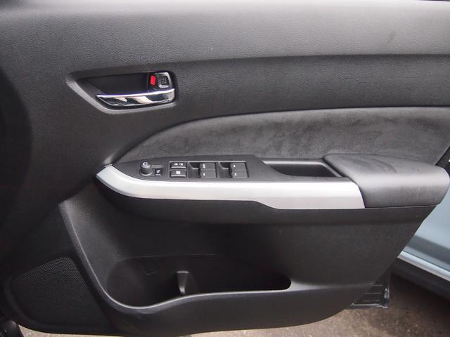 ベースグレード ナビ新品パナソニックRE07bluetooth対応バックカメラ左右シートヒーター自動防眩ミラークルコン横滑り防止装置革巻きハンドルヒーテッドドアミラーLEDヘッドランプハーフレザーシート(25枚目)