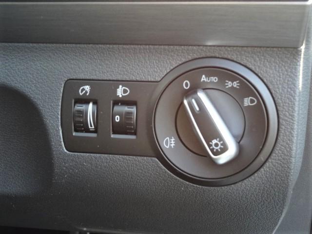 フォルクスワーゲン VW ゴルフトゥーラン TSI コンフォートライン ターボ+Sチャージャー