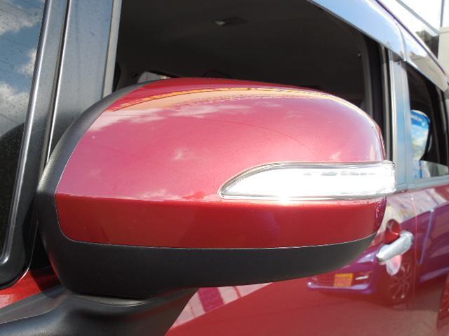 安全面とスタイルの両立。ドアミラーウィンカーです。