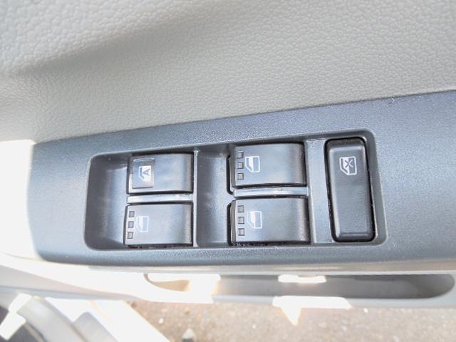 運転席側パワーウィンドウスイッチです。