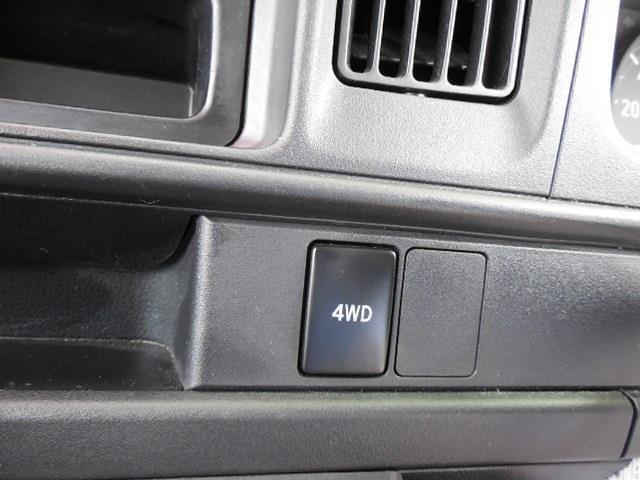 DX SAIII キャンピング4WD衝突軽減ブレーキ車線逸脱警報前後誤発進抑制先行車発進おしらせオートハイビーム横滑り防止装置アイドリングストップLEDヘッドライトオーバーヘッドコンソールハイルーフサイドオーニング(36枚目)