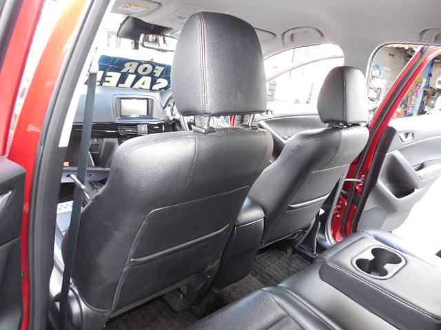 XD Lパッケージ スカイアクティブディーゼルターボ4WDSDナビフルセグ本革シート運転席パワーシート前席シートヒーターアイドリングストップクルーズコントロールリアビークルモニタリングシステム(14枚目)