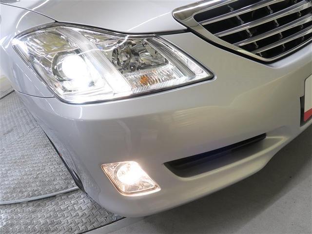 【HID】ヘッドライトは明るいHIDタイプ。視認性は安全運転の大事なポイントですよね。