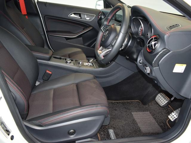 Mercedes-AMG A 45 4MATIC(7枚目)