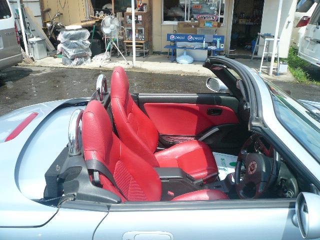アクティブトップ 赤レザーシート シートヒーター(13枚目)