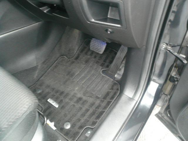 XD 4WD SDナビ地デジ(18枚目)