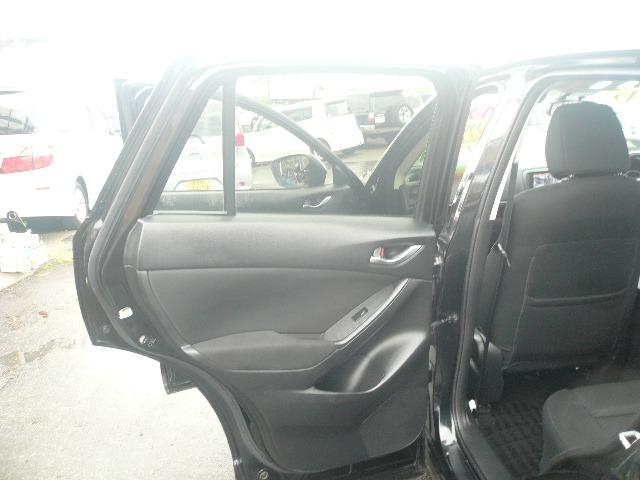 XD 4WD SDナビ地デジ(32枚目)