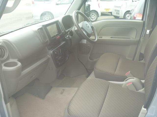 DX GLパッケージ 4WD ワンオーナー車 前記録簿 フルセグTVナビ ETC(11枚目)