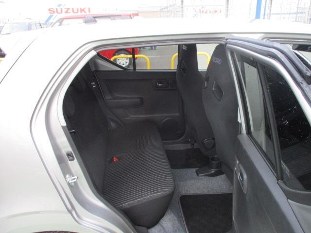 ワークス 4WD 5MT ナビゲーション搭載車(12枚目)