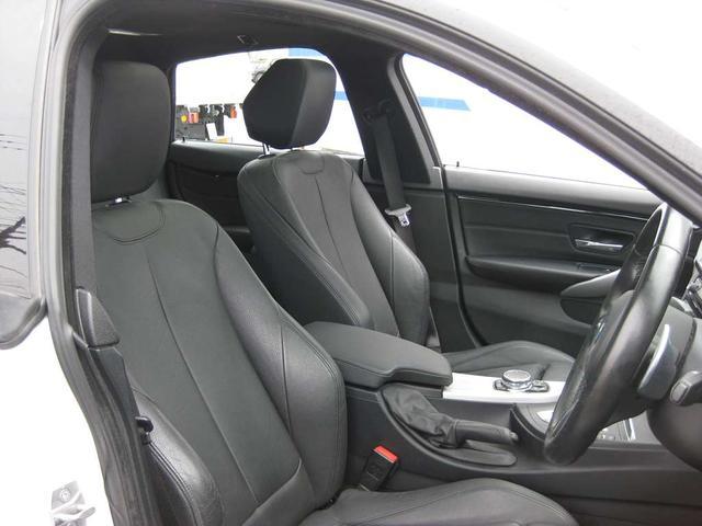 420i xDriveグランクーペ Mスポーツ 4WD・ナビ・Bカメラ 19インチアルミ(15枚目)