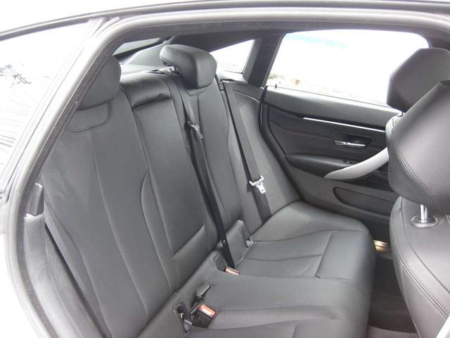 420i xDriveグランクーペ Mスポーツ 4WD・ナビ・Bカメラ 19インチアルミ(16枚目)