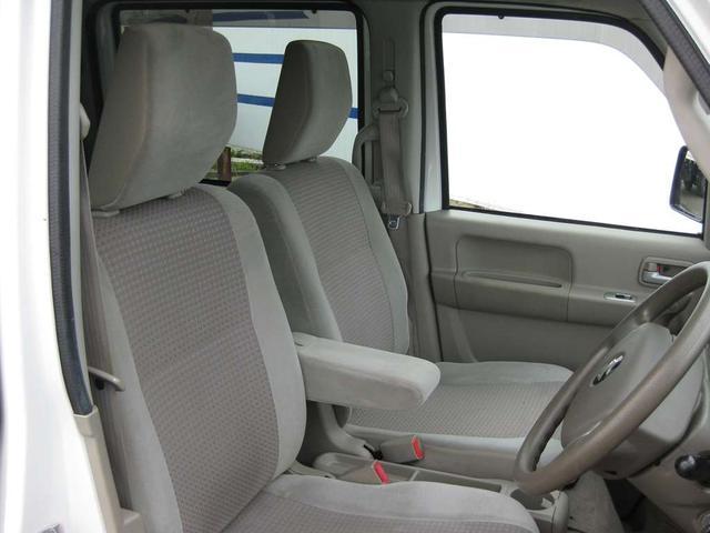 PZターボスペシャル 4WD リフトアップ ナビ・地デジ・両側電動スライドドア(11枚目)