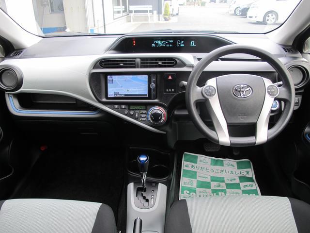 トヨタ アクア S スマートエントリーPKG メモリーナビ フルセグTV