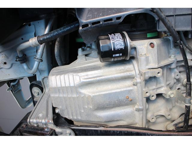 TB AC・PS・5MT・純正ラジオ・切替式4WD・荷台マット・運転席エアバック(10枚目)