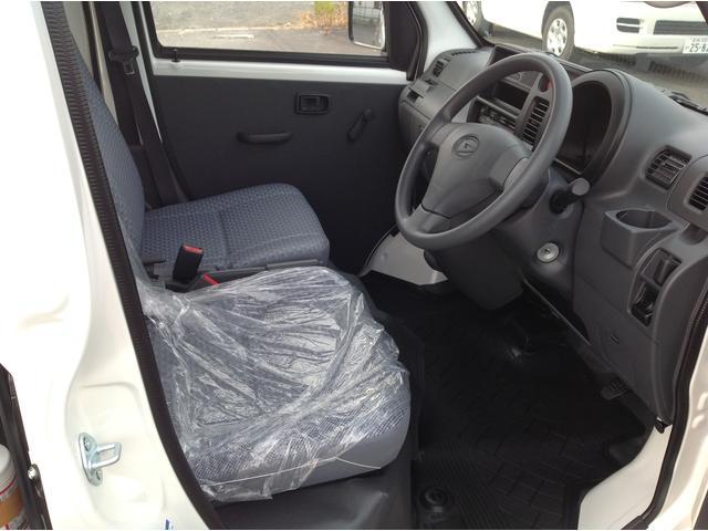 ダイハツ ハイゼットカーゴ DX 4WD エアコン パワステ