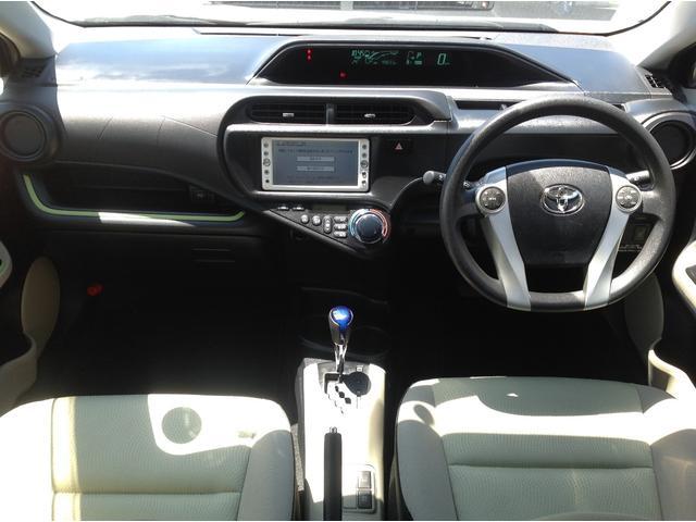 トヨタ アクア S スマートエントリーPKG