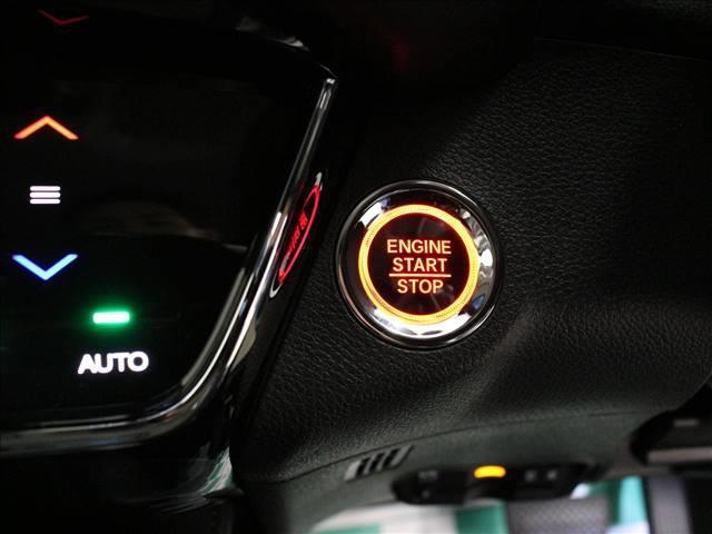 ホンダ ヴェゼル XHondaSENSING登録済未使用車 衝突被害軽減ST