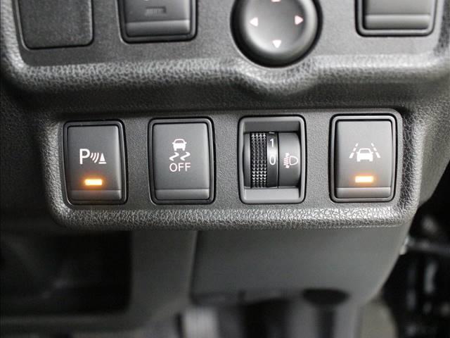 X 登録済未使用車 コンパクトカー(12枚目)