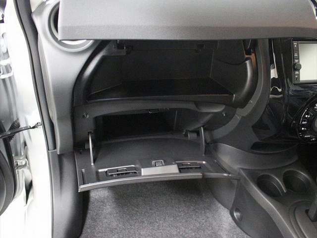 X 登録済未使用車 コンパクトカー 衝突軽減ブレーキ(4枚目)