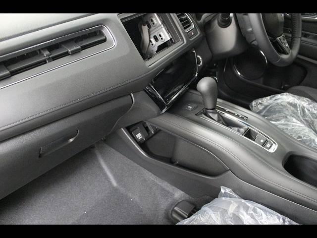 X ホンダセンシング 登録済未使用車 SUVコンパクトカー(5枚目)