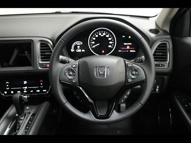 X ホンダセンシング 登録済未使用車 SUVコンパクトカー(8枚目)