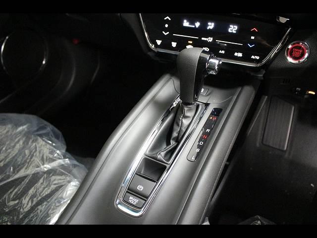 X ホンダセンシング 登録済未使用車 SUVコンパクトカー(18枚目)