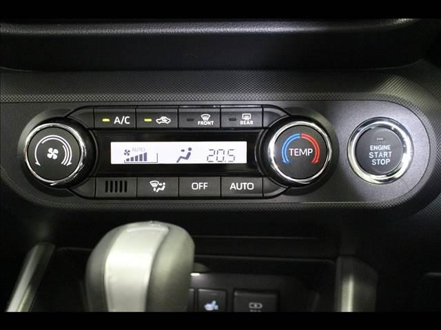 プレミアム プレミアム 4WD 衝突軽減ブレーキサポート 登録済未使用車(15枚目)