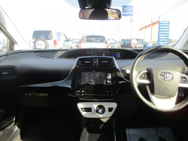 S 4WD  ETC 市街ナビ TV バックカメラ プッシュスタート スマートキー LEDライト オートハイビーム レーダークルーズ(3枚目)
