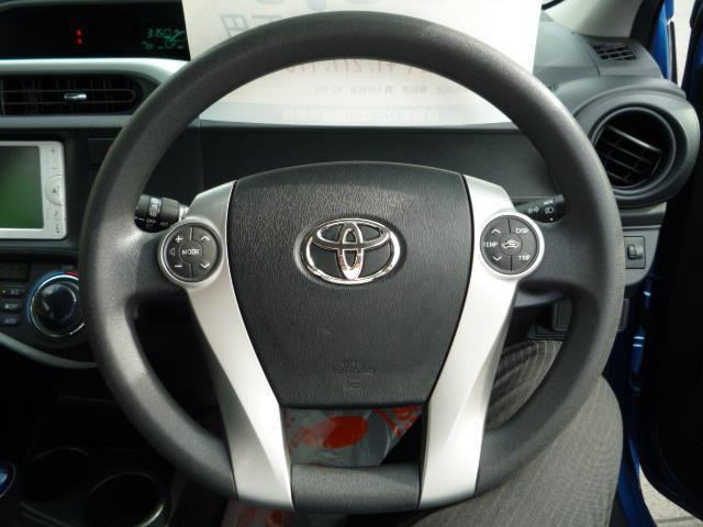トヨタ アクア S スマートエントリーPKG ナビTV
