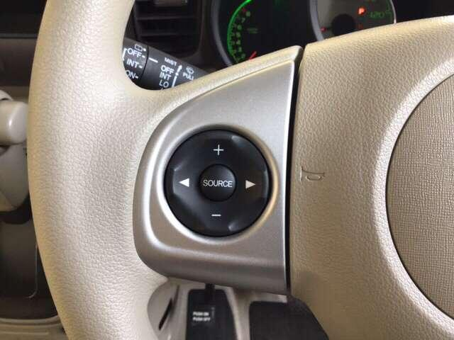 G・Lパッケージ 横滑り防止装置 CD アルミホイール アルミ 福祉車 盗難防止システム CD ABS エコアイドル キセノン スマートKEY ベンチシート ESC キーフリー フルオートエアコン(7枚目)