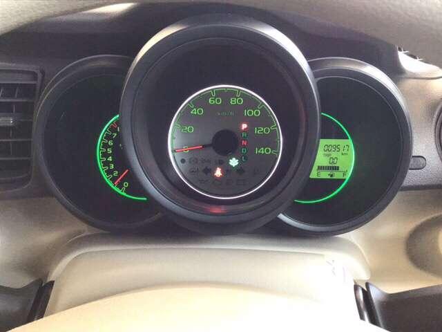 G・Lパッケージ 横滑り防止装置 CD アルミホイール アルミ 福祉車 盗難防止システム CD ABS エコアイドル キセノン スマートKEY ベンチシート ESC キーフリー フルオートエアコン(16枚目)