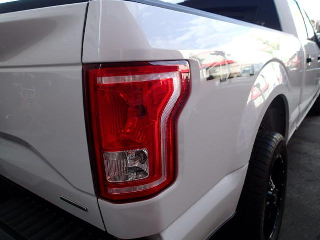 フォード フォード F-150 XLT スーパークルー 4WD ベンチコラム 実走行証明書付