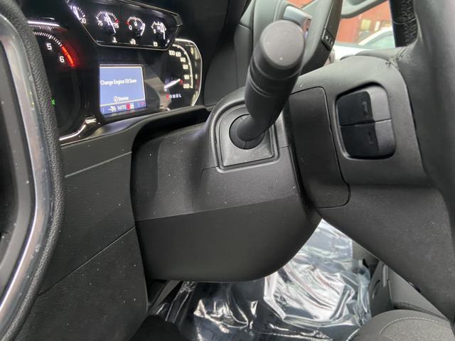 SLE 切替4WD プッシュスタート スマートキー アップルカープレイ スタンダードベット ベンチシート シートヒーター ヒルディセント ヒッチメンバー LEDヘッドライト ブルートゥース(33枚目)