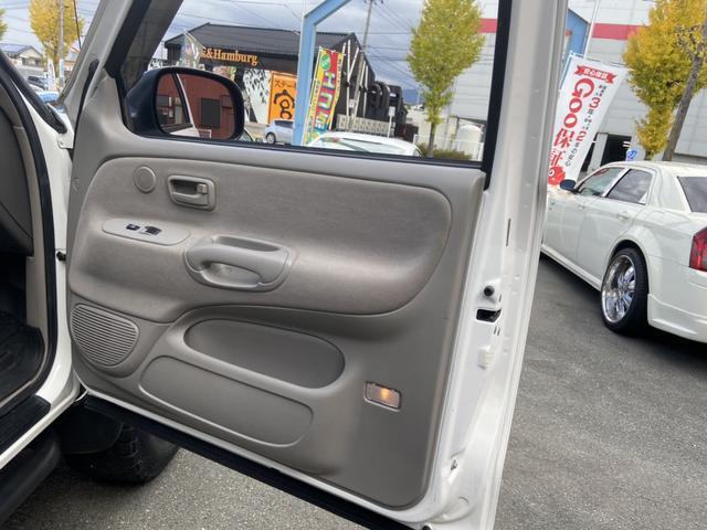 アクセスキャブ SR5 4WD 実走行証明書付 リフトアップ HDDナビ テレビ バックカメラ ETC トノカバー ルーフマーカーランプ サイドステップ キーレス 純正マット 防水マット ブルバー クルーズコントロール(31枚目)