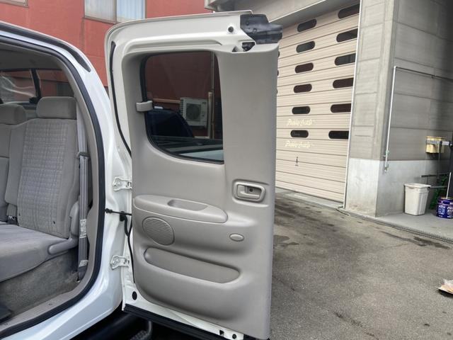 アクセスキャブ SR5 4WD 実走行証明書付 リフトアップ HDDナビ テレビ バックカメラ ETC トノカバー ルーフマーカーランプ サイドステップ キーレス 純正マット 防水マット ブルバー クルーズコントロール(40枚目)