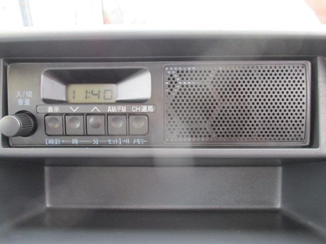 KCエアコン・パワステ 4WD 届出済未使用車 エアコン パワステ Wエアバッグ ABS ラジオ(12枚目)