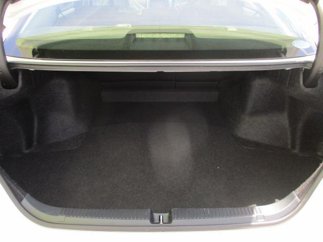 250G Four 4WD フルセグTV・SDナビ バックカメラ ETC 純正16インチアルミ 横滑り防止装置 ステアリングリモコン オートライト HIDヘッドランプ プッシュスタート スマートキー(25枚目)
