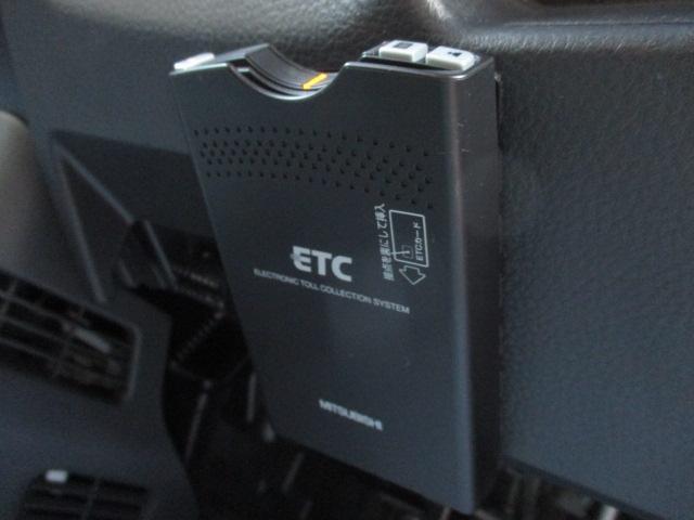 X 4WD フルセグTV・SDナビ ETC 純正14インチアルミ シートヒーター HIDヘッドライト プッシュスタート スマートキー エンジンスターター(16枚目)