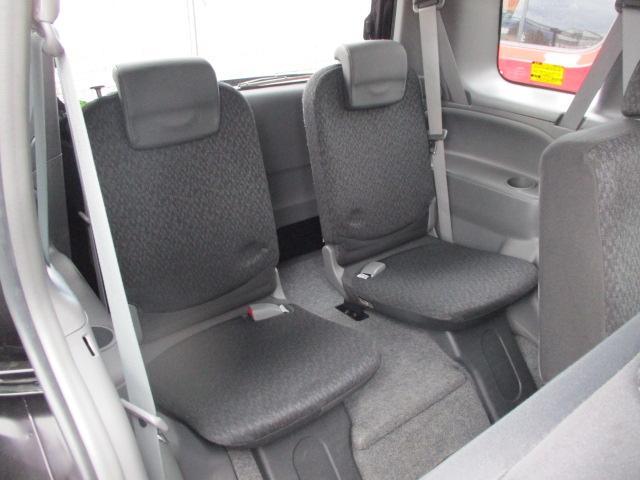DICEリミテッド 7人乗り・3列シート フルセグTV・SDナビ 社外14インチアルミ HIDヘッドライト 両側スライド・左側電動スライドドア キーレス Bluetooth接続可 DVD再生(17枚目)