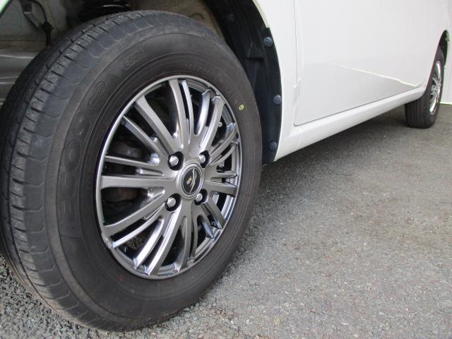 S FOUR 4WD CDデッキ 純正13インチアルミ シートヒーター プッシュスタート アイドリングストップ 寒冷地仕様 ABS(8枚目)