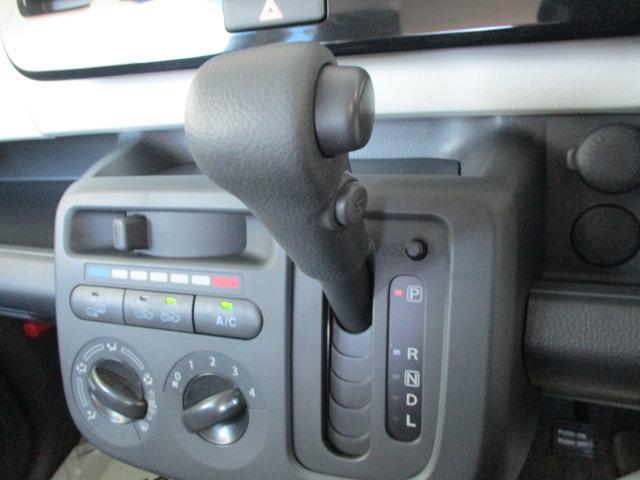 S FOUR 4WD CDデッキ 純正13インチアルミ シートヒーター プッシュスタート アイドリングストップ 寒冷地仕様 ABS(14枚目)