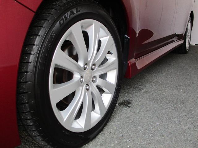 2.0i-S 4WD HDDナビ バックカメラ ETC 純正17インチアルミ HIDヘッドライト プッシュスタート クルーズコントロール パワーシート パドルシフト 横滑り防止装置 ABS オートエアコン(5枚目)