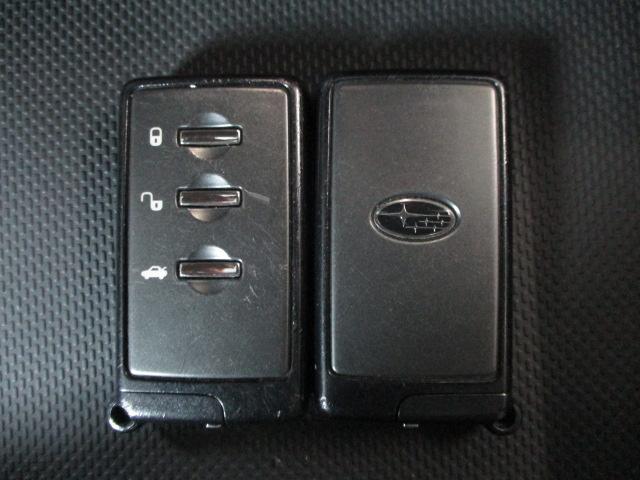 2.0i-S 4WD HDDナビ バックカメラ ETC 純正17インチアルミ HIDヘッドライト プッシュスタート クルーズコントロール パワーシート パドルシフト 横滑り防止装置 ABS オートエアコン(21枚目)