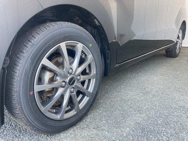 L SAIII 4WD 衝突被害軽減ブレーキ シートヒーター オートハイビーム 社外14AW キーレス アイドリングストップ(8枚目)