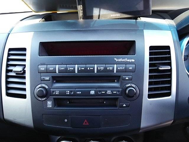 三菱 アウトランダー G 4WD HID ロックフォードサウンド